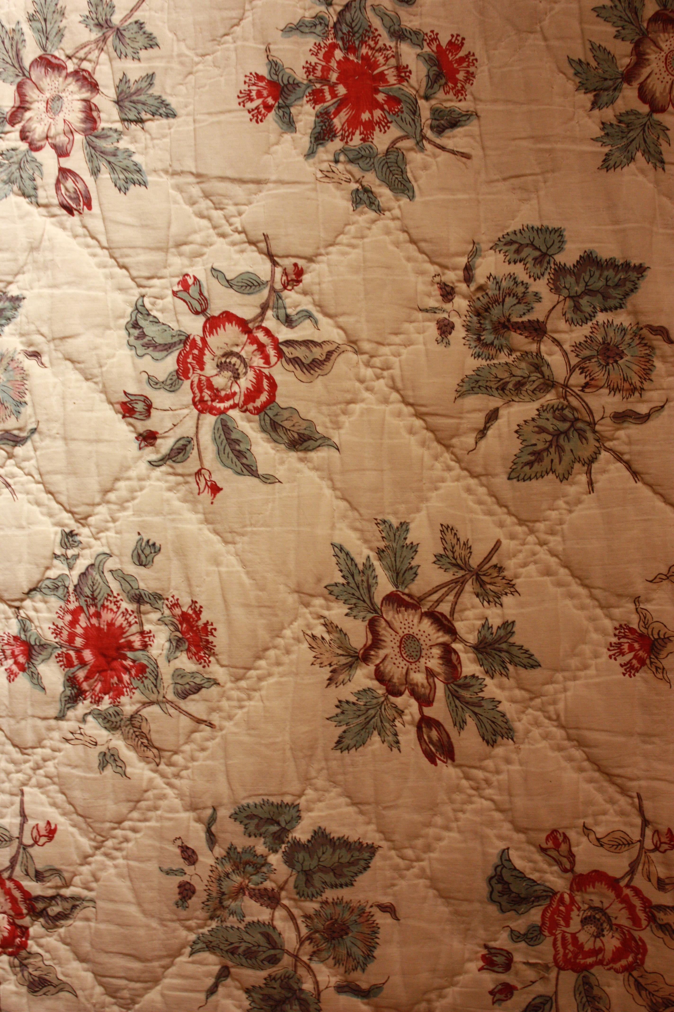 la salle des couvertures mus e du tissu proven al souleiado. Black Bedroom Furniture Sets. Home Design Ideas